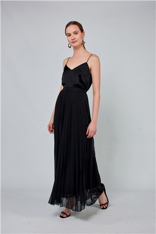 040097 PLEATED LONG SKIRT BLACK