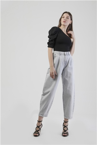 250013 PLEATED JEAN PANT (TOUGH LOVE) LIGHT GREY